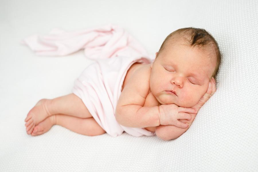 ellen nyfödd nyföddfotografering nyföddfotograf sundsvall matfors fotograf