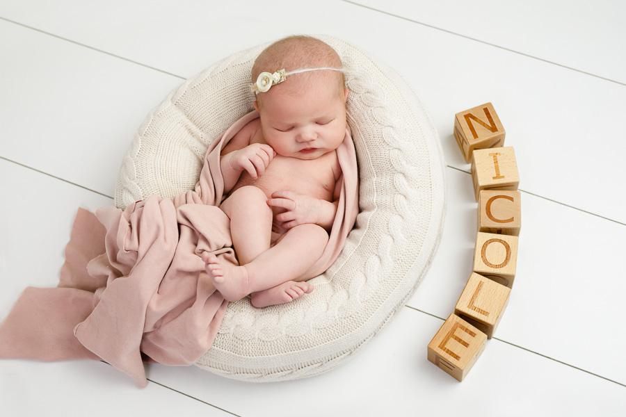 nicole nyföddsundsvall nyfödd nyföddfotografering nyföddfotograf sundsvall matfors fotograf