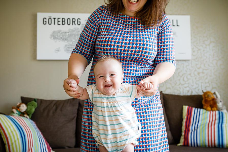 en stund i livet familjen familj familjefotografering hemma-hos-fotografering fotograf sundsvall