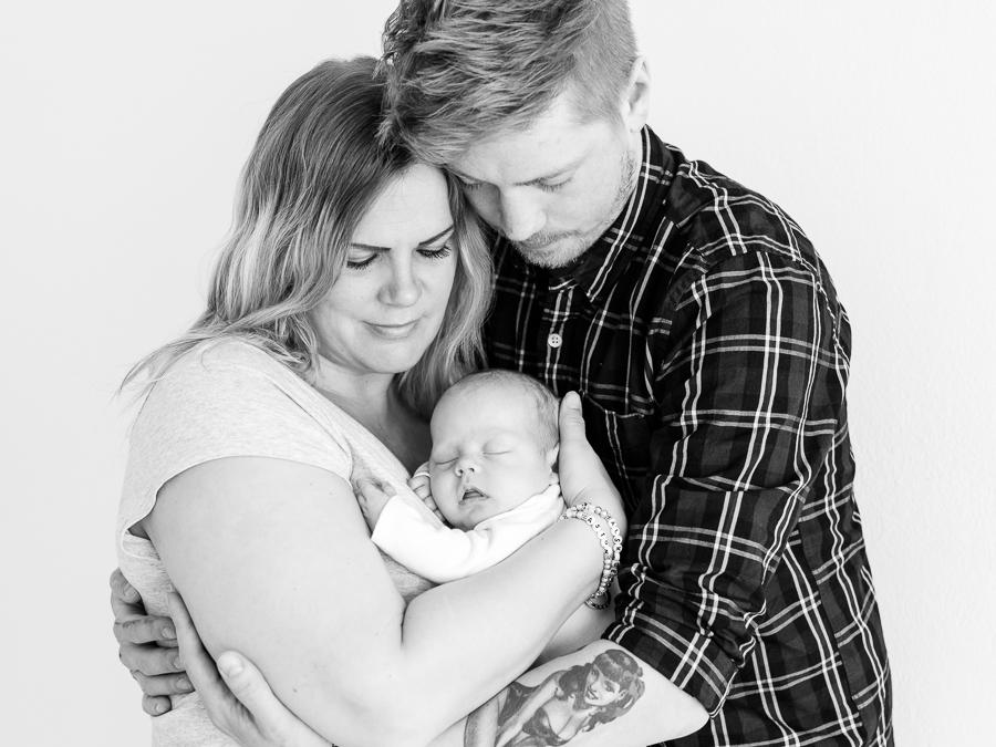 nyfödd nyföddfotografering fotograf sundsvall aston matfors barnfotograf